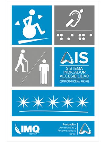 Logotipo de la placa de AIS Certificación: Imagen rectangular que se divide primero en cuatro cuadrados iguales; el primer cuadrado tiene una silla de ruedas, el segundo cuadrado contiene el dibujo de una oreja arriba y debajo los puntos de braille con la palabra AIS, tercer cuadrado se divide en dos partes una con una persona con un bastón y otra con unas muletas, cuarto cuadrado con logo AIS que incluye la nomenclatura de la Norma AIS:1/2018, le sigue un rectángulo que contiene 5 estrellas distribuidas uniformemente y un último faldón que contiene el logo de la Certificadora IMQ y el logo de la Fundación para la accesibilidad y la RS.